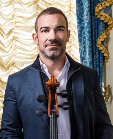 Josh Gindele masterclass cello instructor profile picture